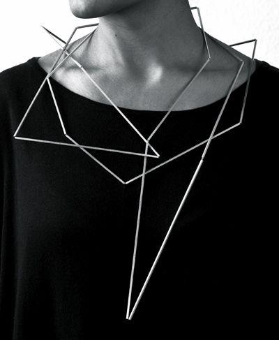 Ute Decker neck sculpture