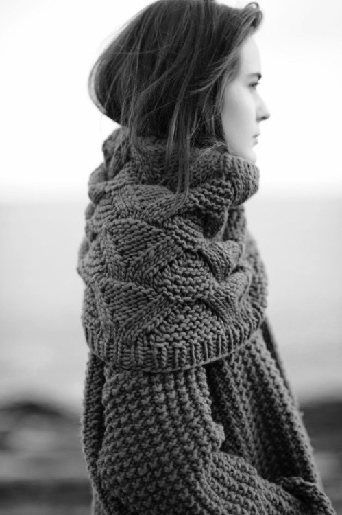 2016-oct-16-sweater-bw-11-1