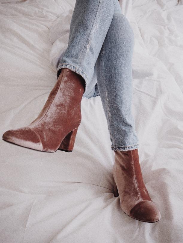 2016-oct-30-velvet-boots-vasilieva