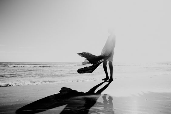 2016-nov-6-girl-by-the-sea-5-adeline-spengler